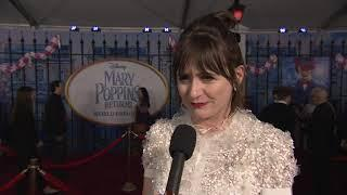 Mary Poppins Returns LA World Premiere - Itw Emily Mortimer (official video)